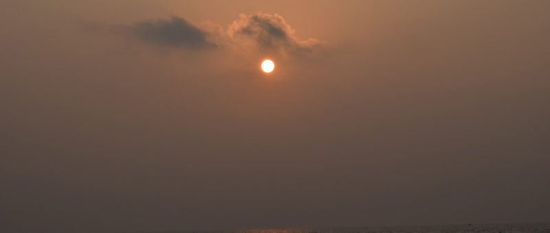 Rising-Sun-at-Puri-beach