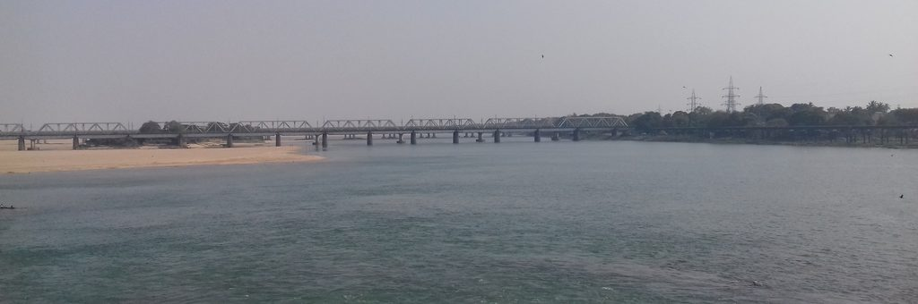 View-of-Mahanadi-River-from-Jobra