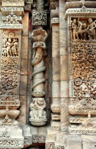 Naga-Adisesa-adorns-the-pillars-of-Barahi-Temple-Chaurasi-village